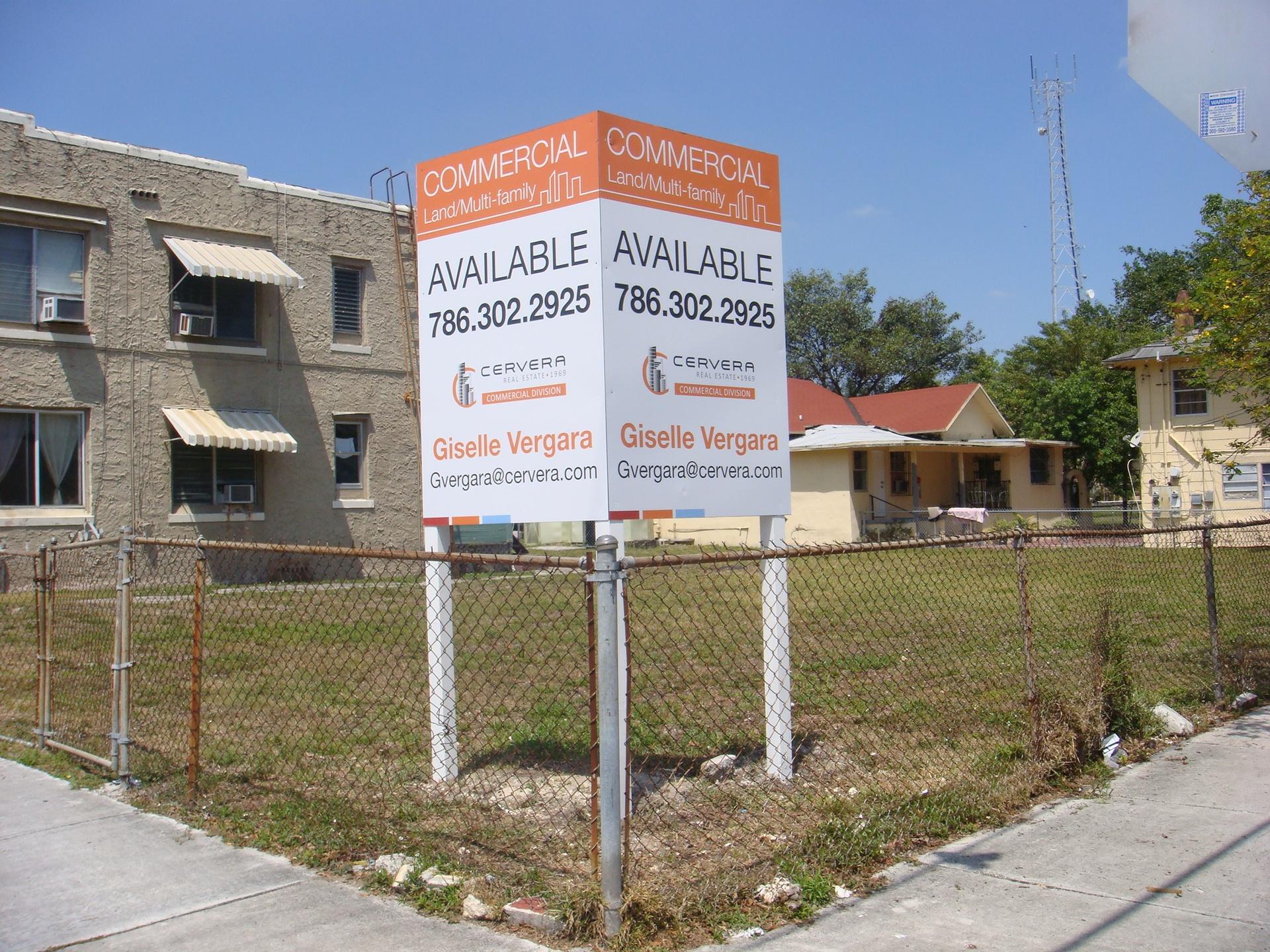 Yard Sign Cervera Real Estate